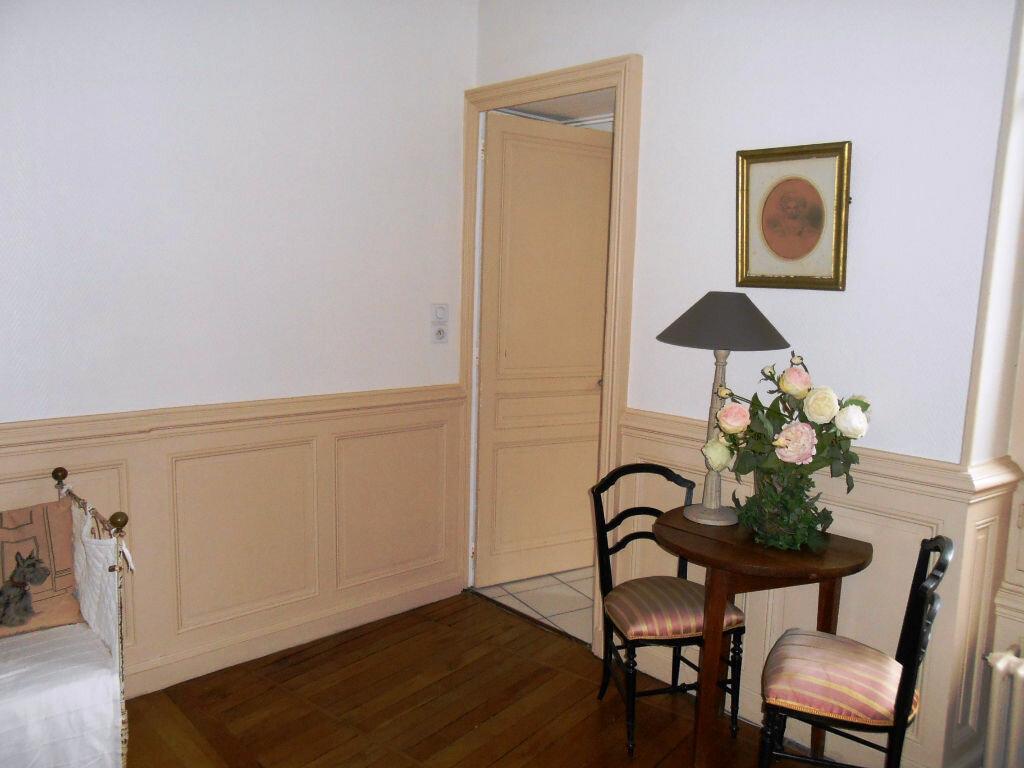 Achat Appartement 3 pièces à Nevers - vignette-2