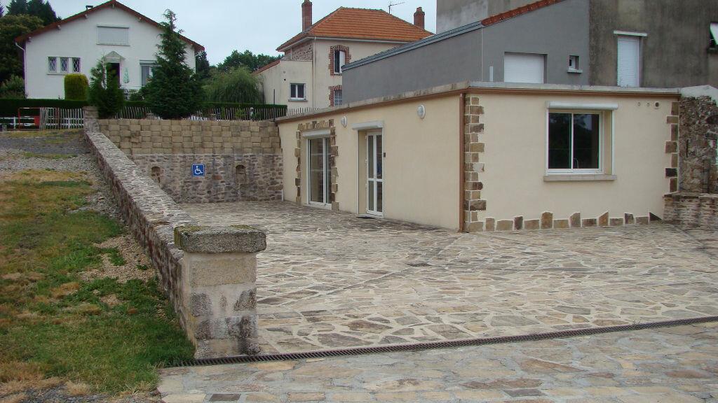 Achat Maison 7 pièces à La Jonchère-Saint-Maurice - vignette-1