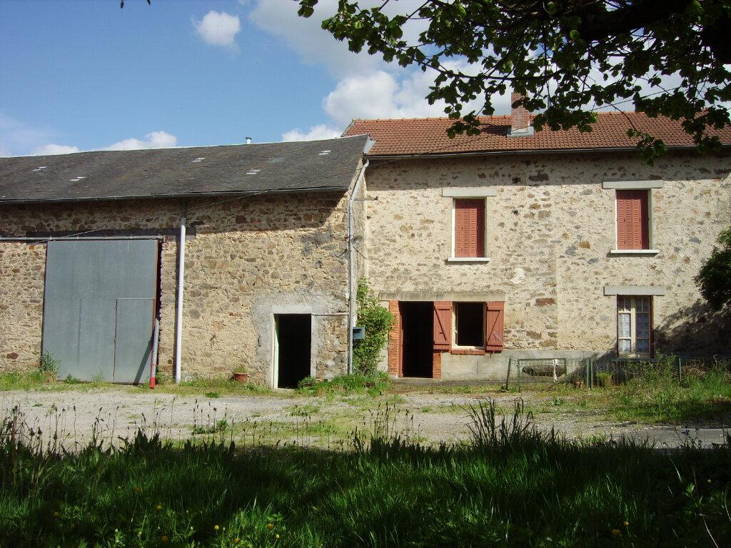 Achat Maison 4 pièces à Saint-Martin-Terressus - vignette-1