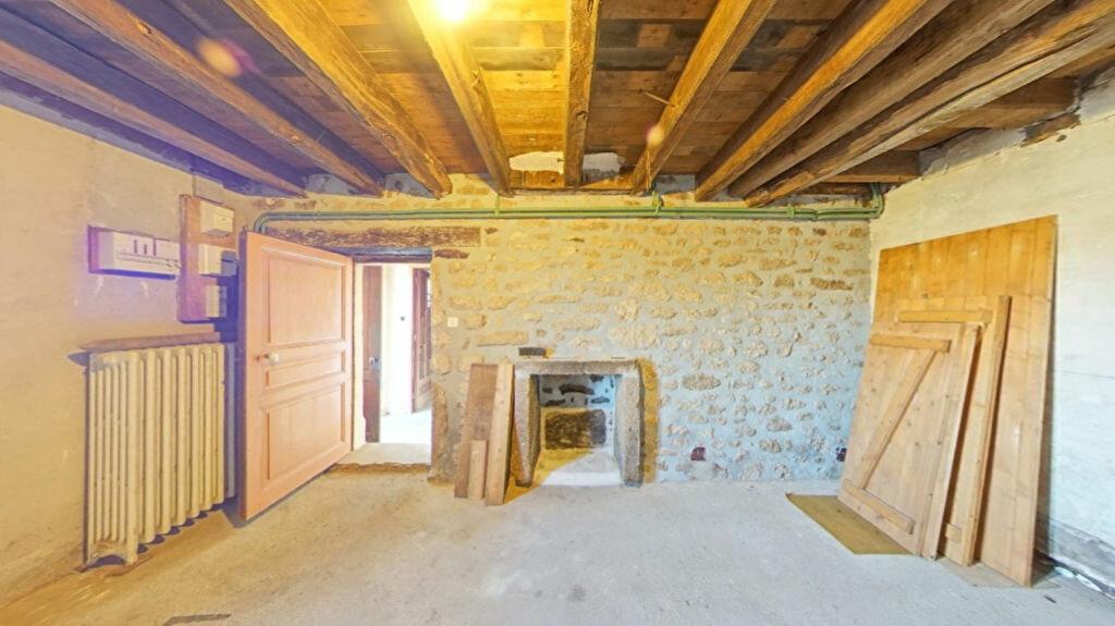 Achat Maison 4 pièces à Bersac-sur-Rivalier - vignette-5