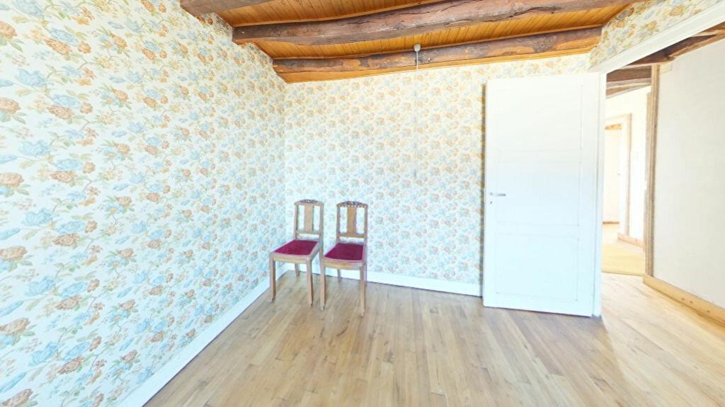 Achat Maison 4 pièces à Bersac-sur-Rivalier - vignette-10