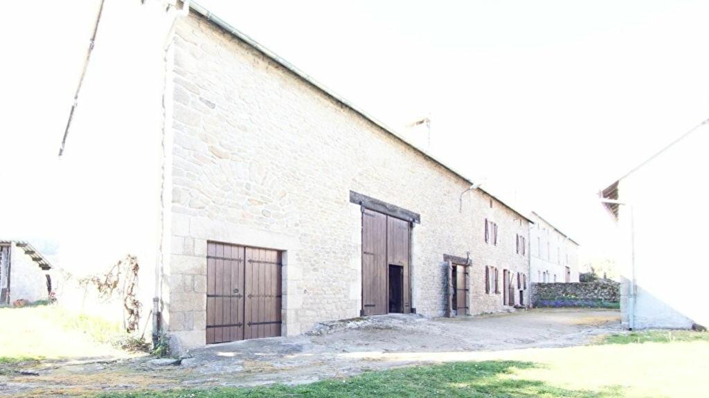 Achat Maison 4 pièces à Bersac-sur-Rivalier - vignette-16