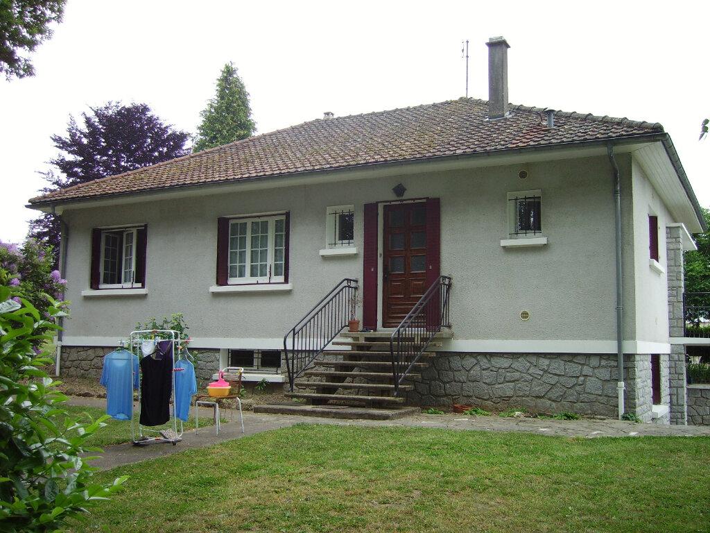 Achat Maison 6 pièces à Saint-Sulpice-Laurière - vignette-10