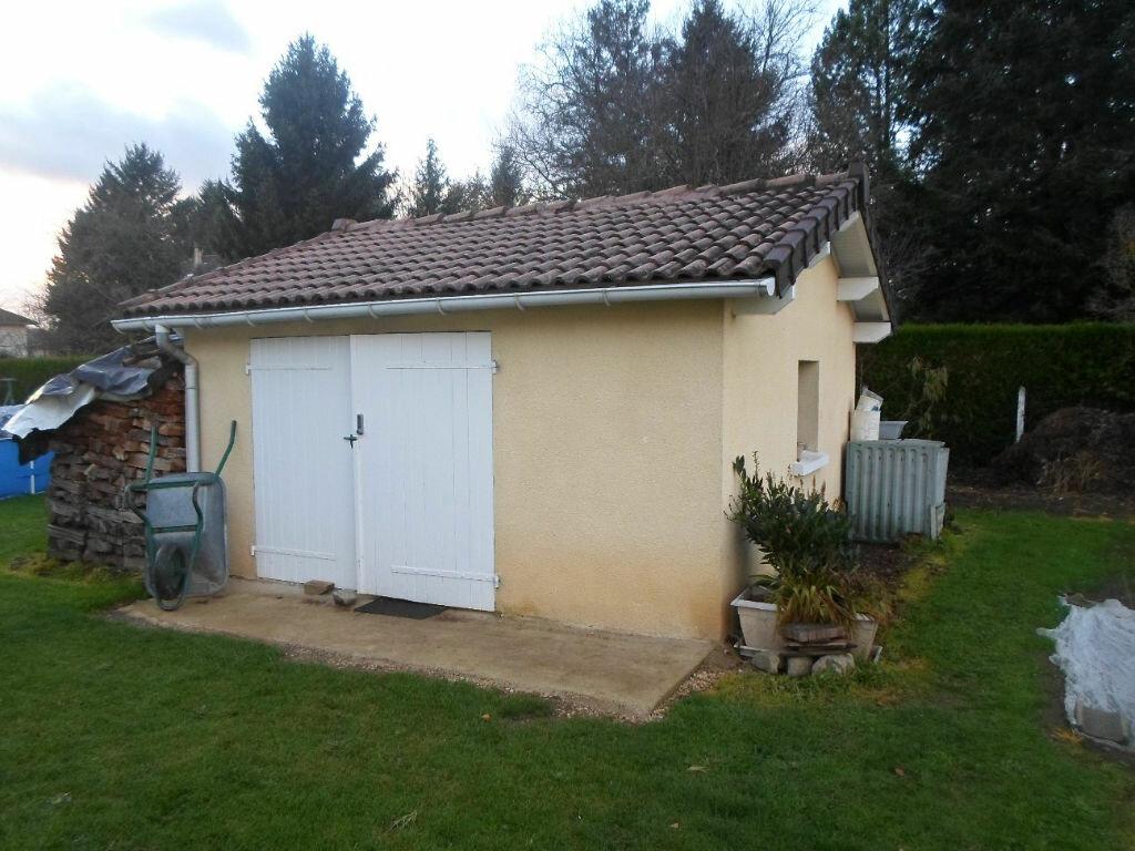 Achat Maison 5 pièces à Saint-Laurent-sur-Gorre - vignette-3