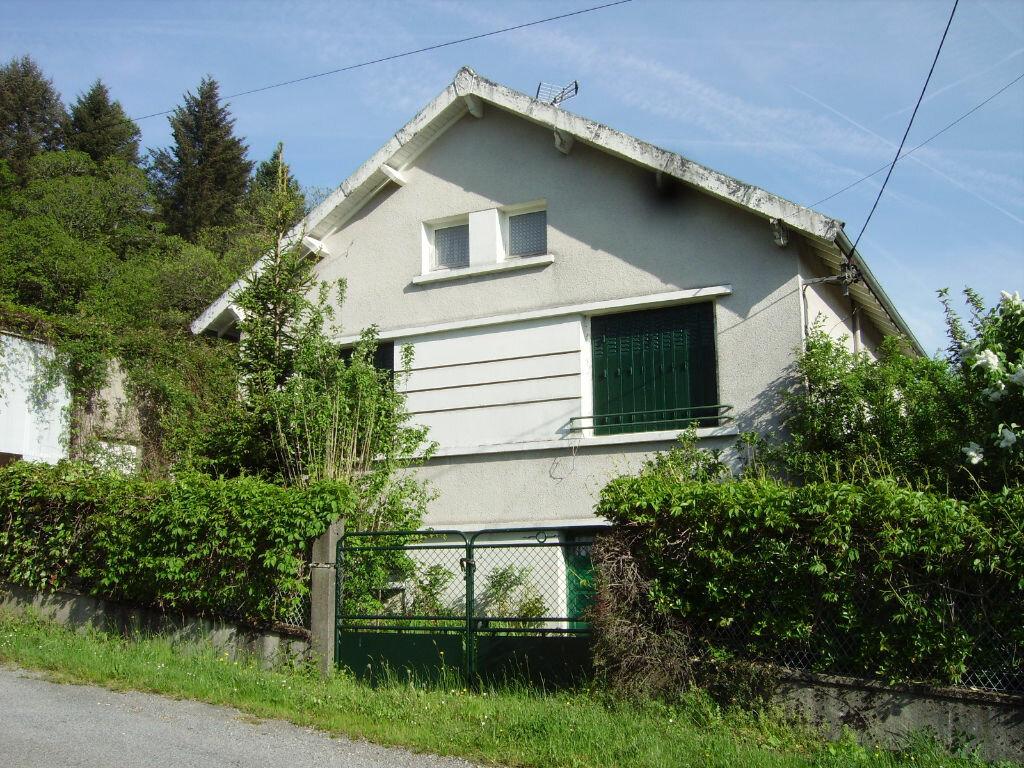 Achat Maison 4 pièces à Saint-Sulpice-Laurière - vignette-1