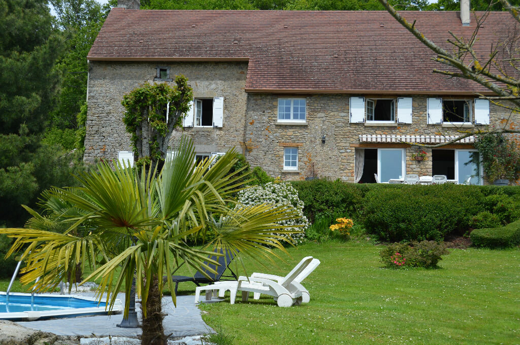 Achat Maison 14 pièces à Saint-Hilaire-la-Treille - vignette-1