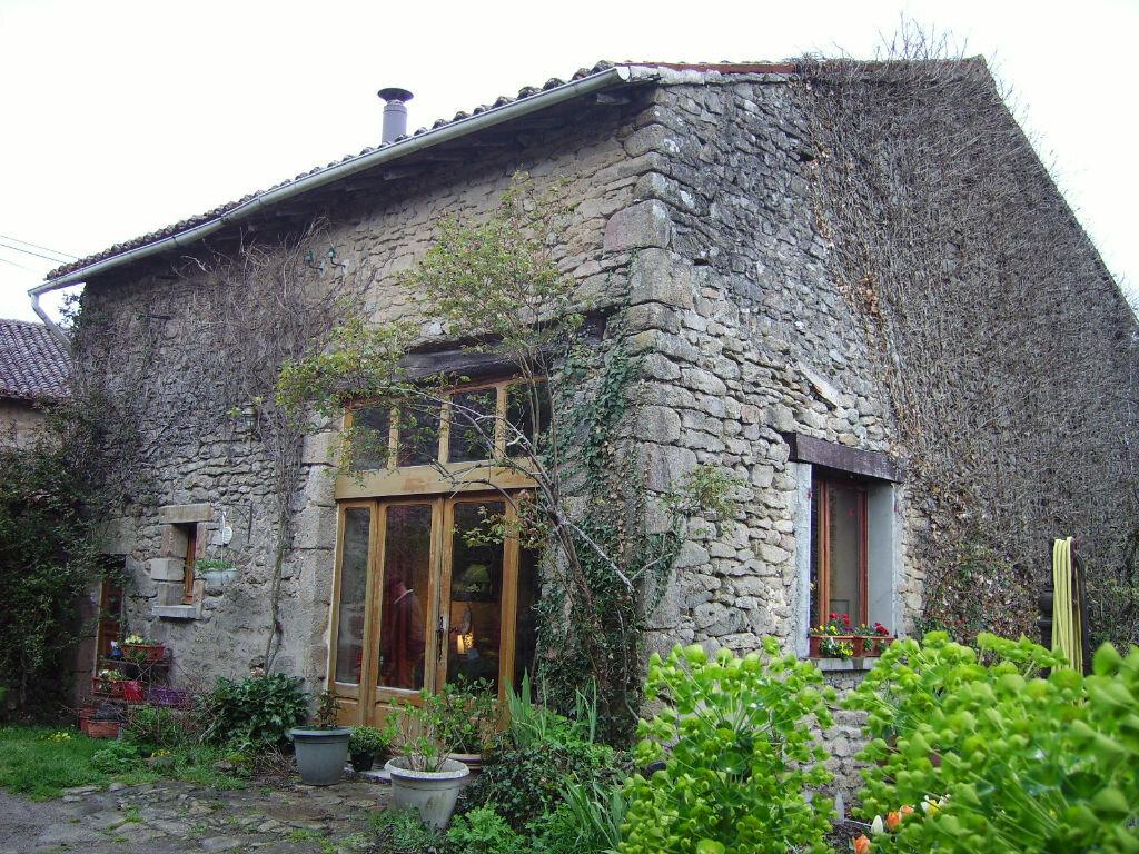 Achat Maison 7 pièces à Châteauponsac - vignette-1