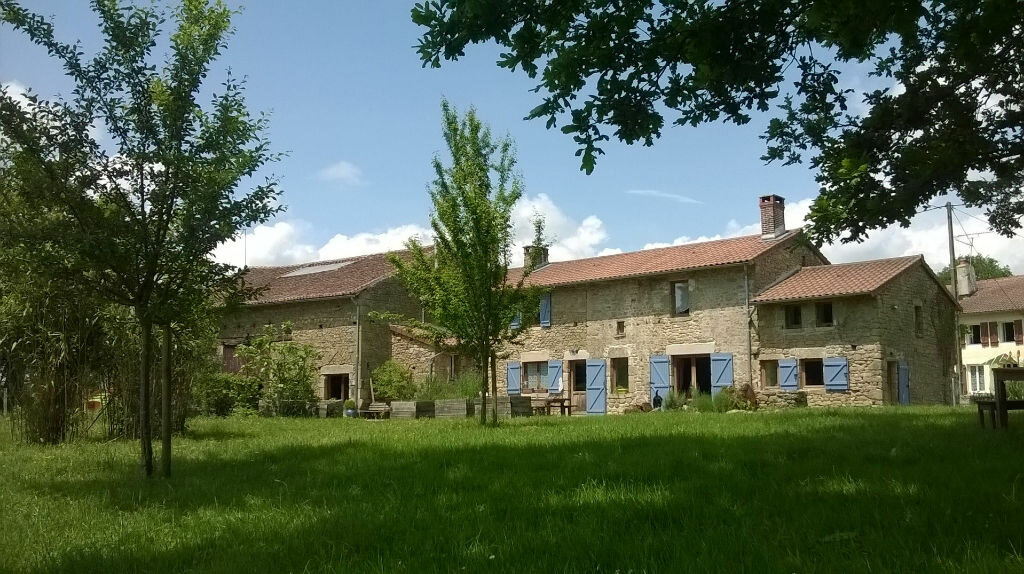 Achat Maison 8 pièces à Saint-Sornin-Leulac - vignette-1