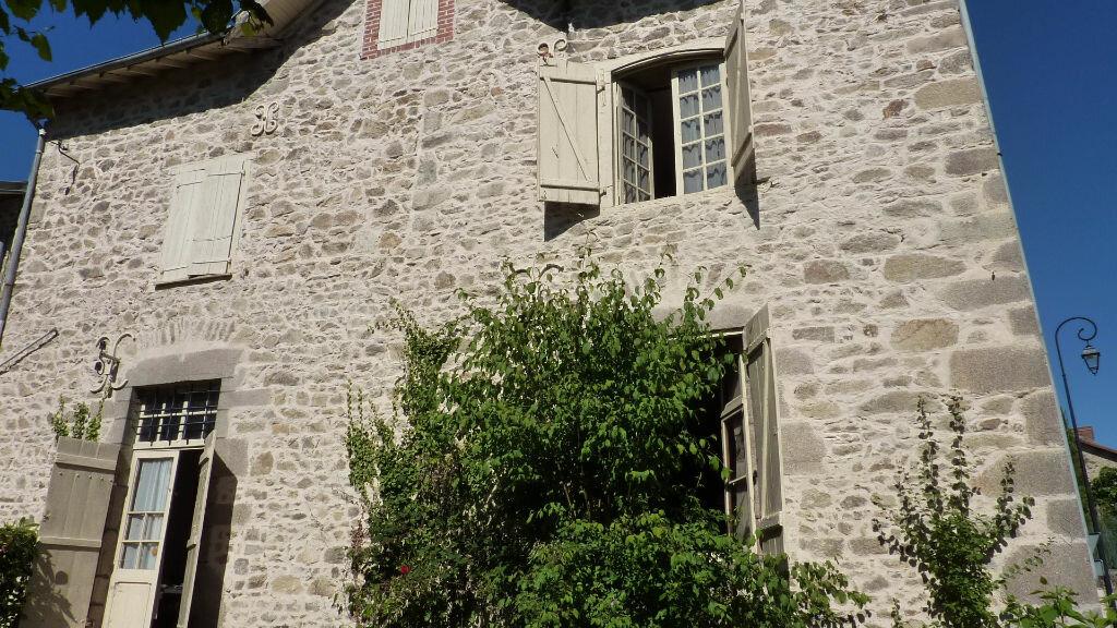 Achat Maison 8 pièces à Rilhac-Rancon - vignette-17