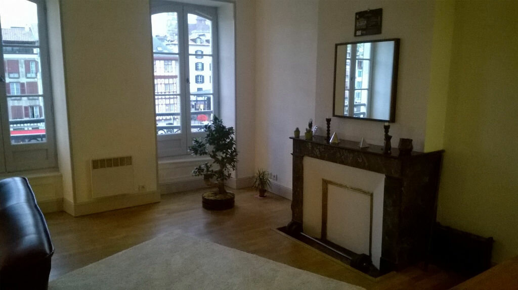 Location Appartement 3 pièces à Bayonne - vignette-4