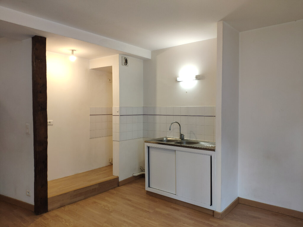 Location Appartement 1 pièce à Bayonne - vignette-3