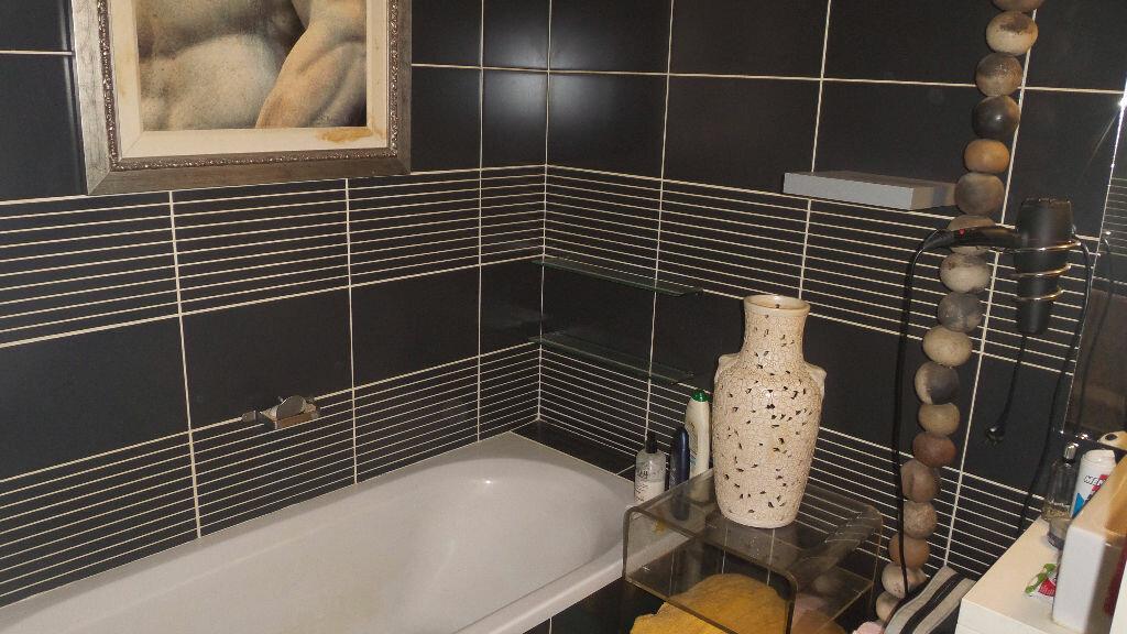 Achat Appartement 4 pièces à Bayonne - vignette-5