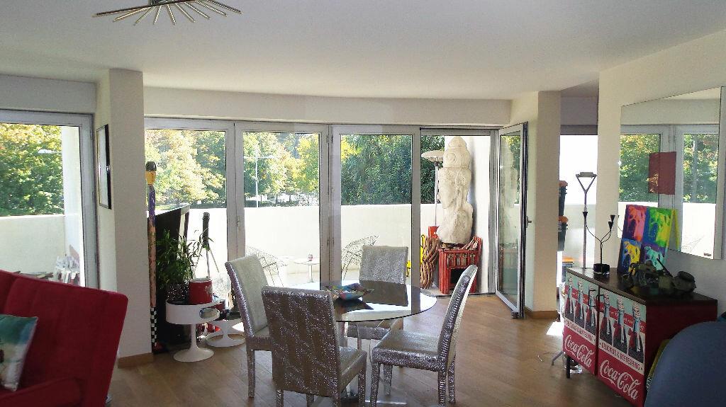 Achat Appartement 4 pièces à Bayonne - vignette-6