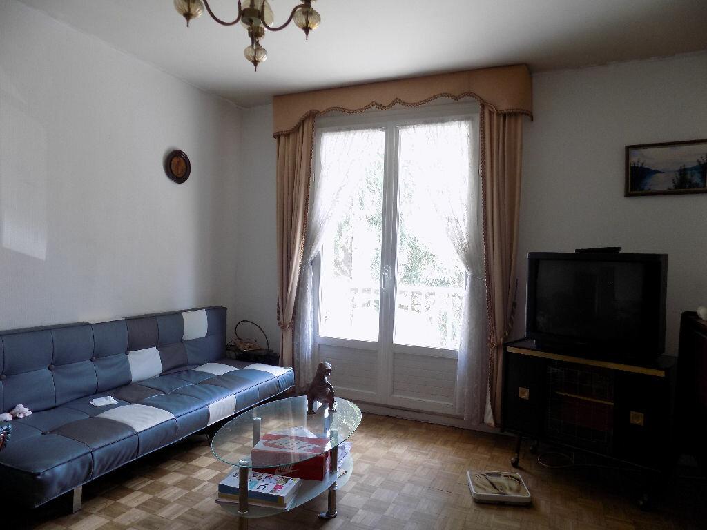 Achat Appartement 3 pièces à Cholet - vignette-1