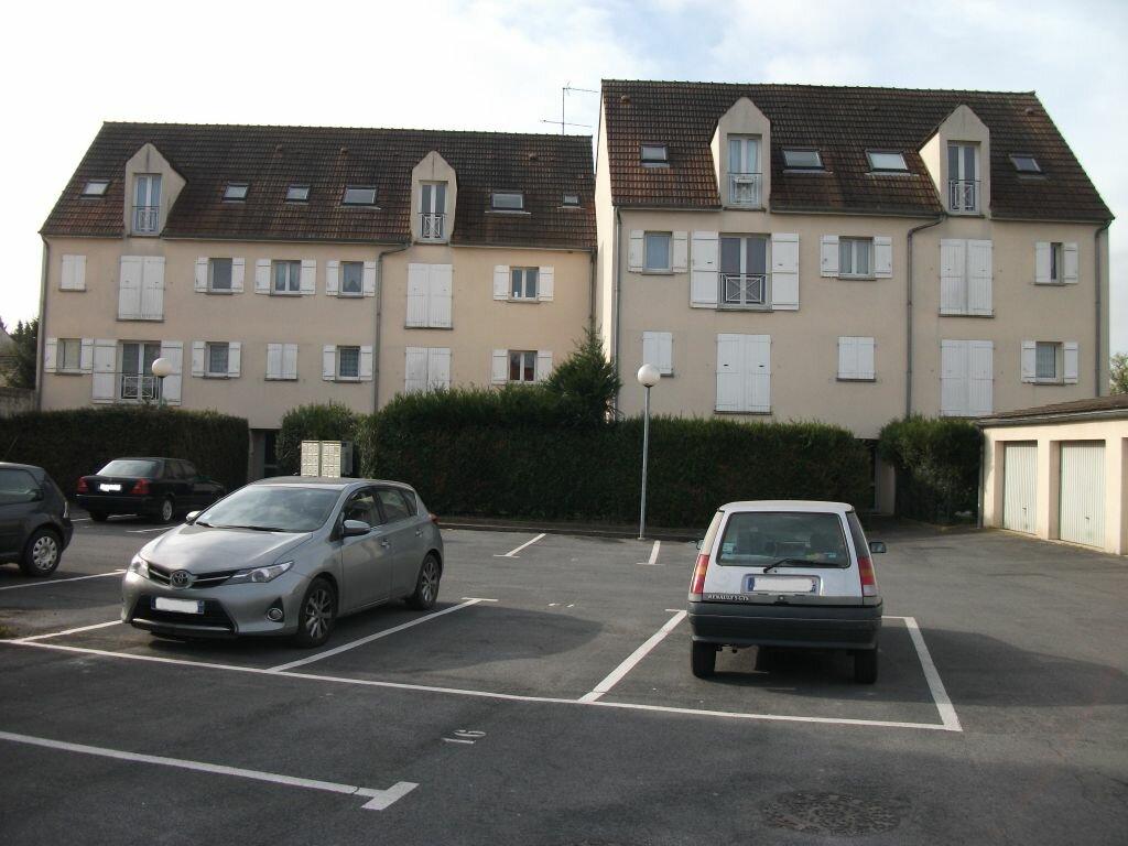 Location Appartement 3 pièces à Nanteuil-lès-Meaux - vignette-1