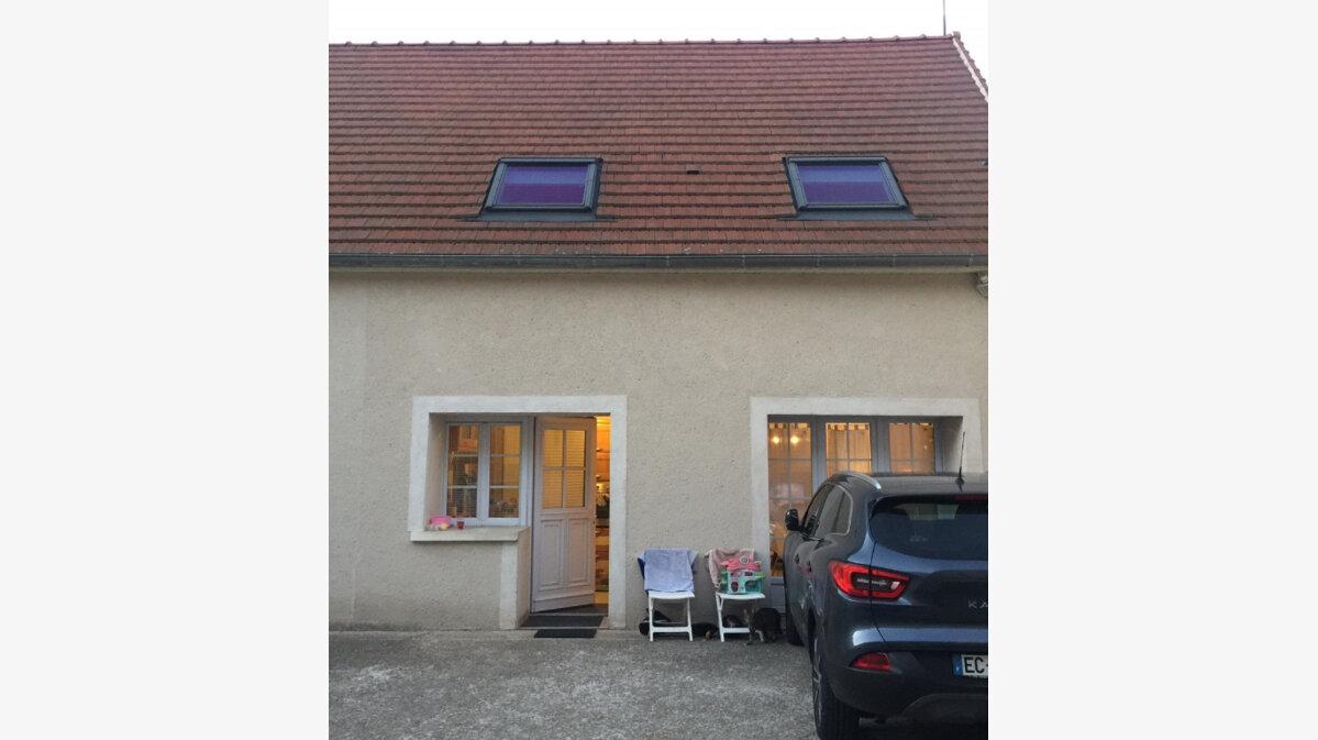 Location Appartement 3 pièces à Saint-Jean-les-Deux-Jumeaux - vignette-1