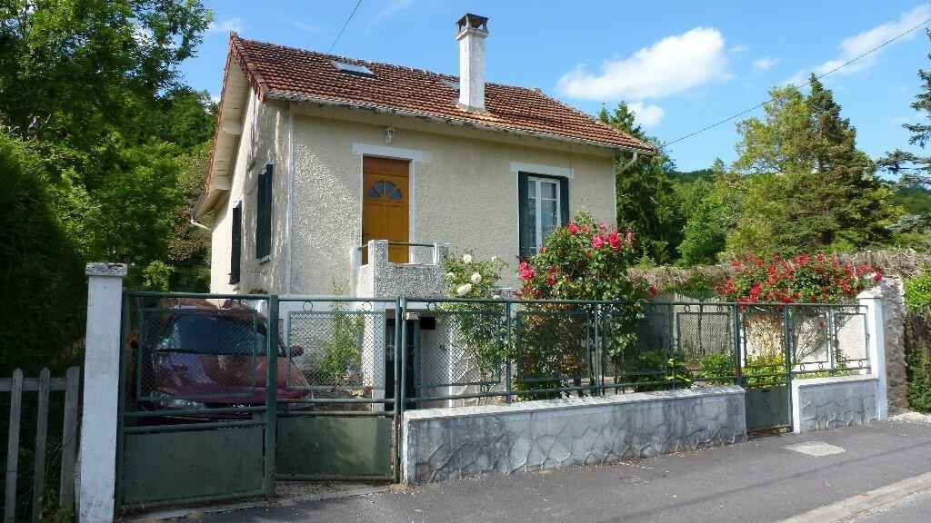 Achat Maison 5 pièces à Saint-Cyr-sur-Morin - vignette-1