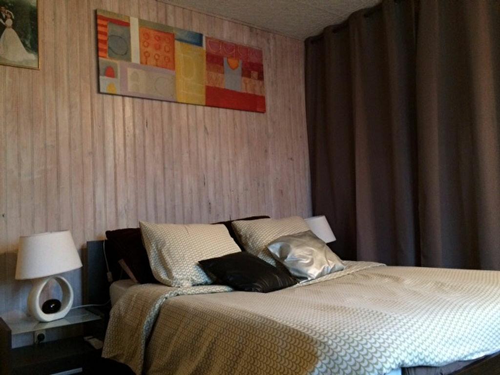 Achat Maison 4 pièces à Saint-Cyr-sur-Morin - vignette-13