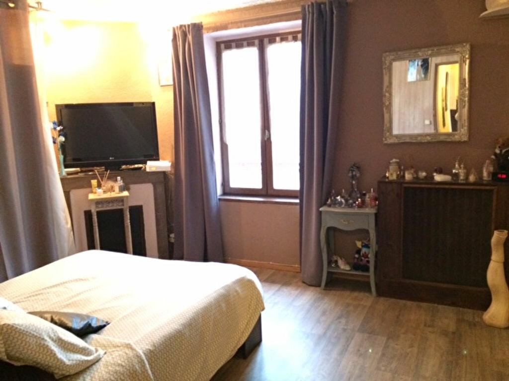 Achat Maison 4 pièces à Saint-Cyr-sur-Morin - vignette-15