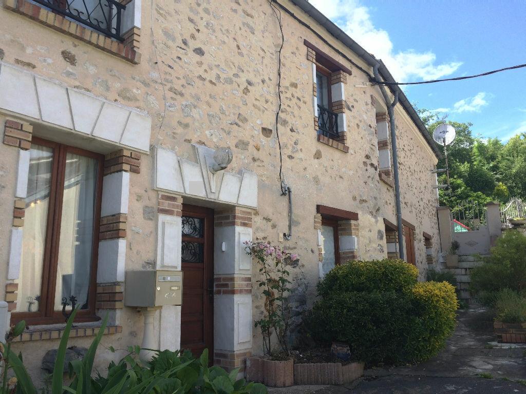Achat Maison 5 pièces à Villeneuve-sur-Bellot - vignette-1