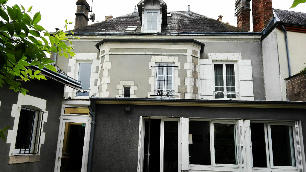 Achat Maison 7 pièces à Jargeau - vignette-1