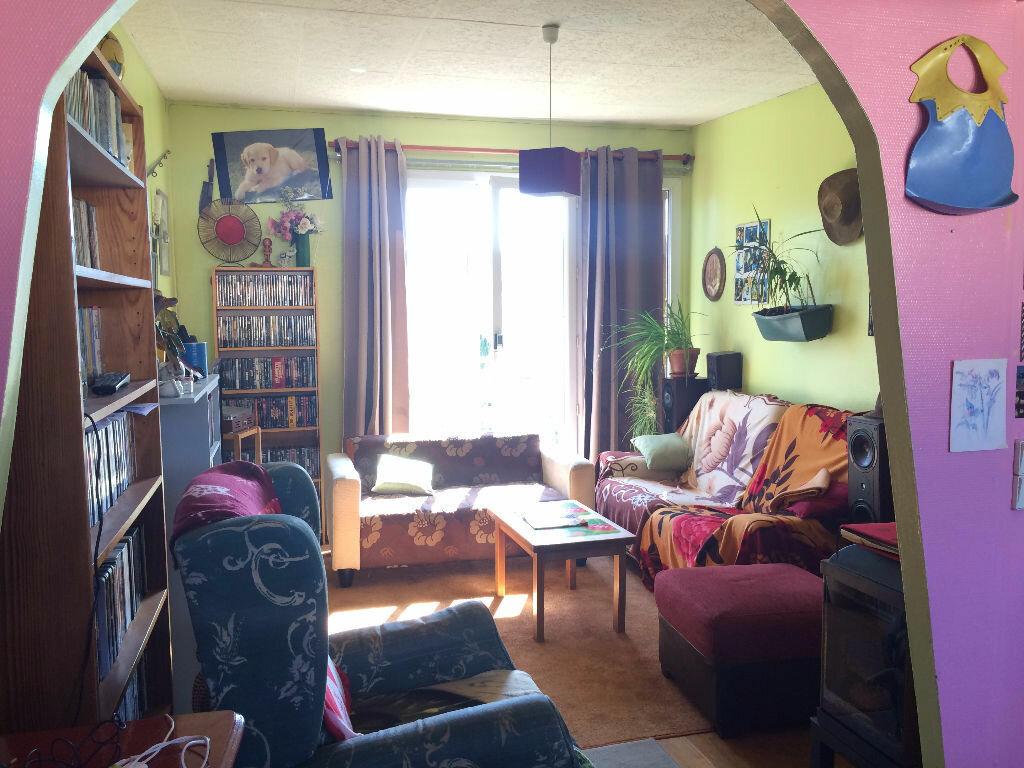 Achat Appartement 4 pièces à La Ferté-sous-Jouarre - vignette-2