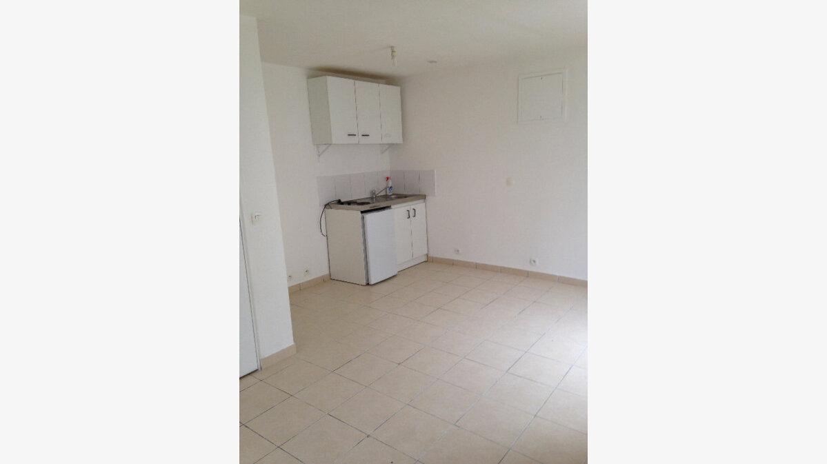 Location Appartement 1 pièce à Montry - vignette-1