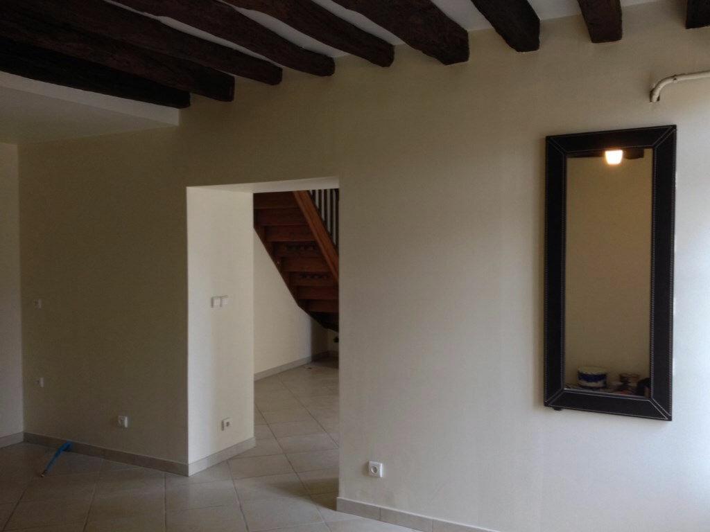 Location Maison 4 pièces à Beauvoir - vignette-1