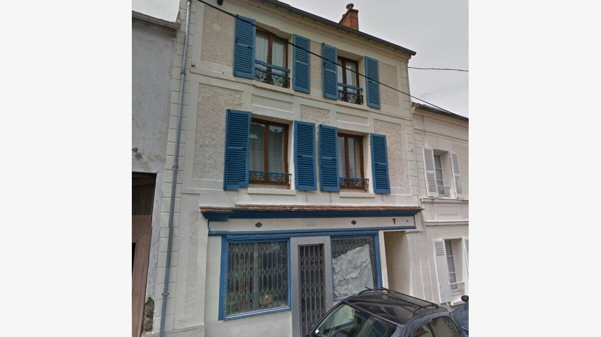 Achat Immeuble  à Saint-Cyr-sur-Morin - vignette-1