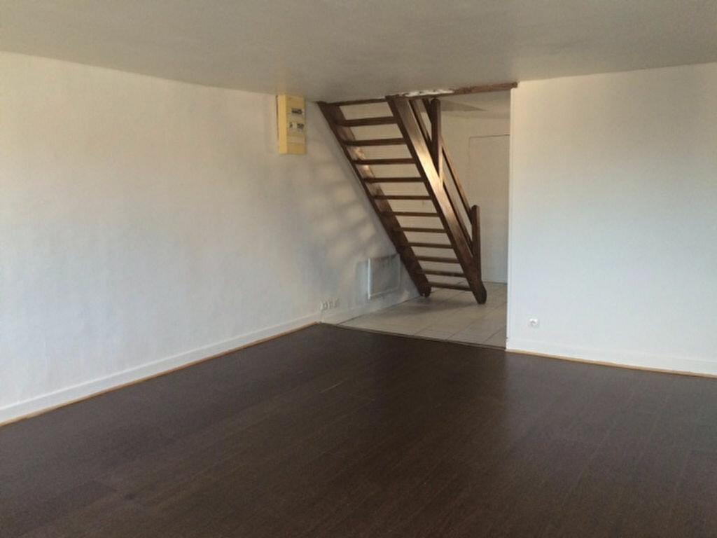 Achat Appartement 3 pièces à La Ferté-sous-Jouarre - vignette-3