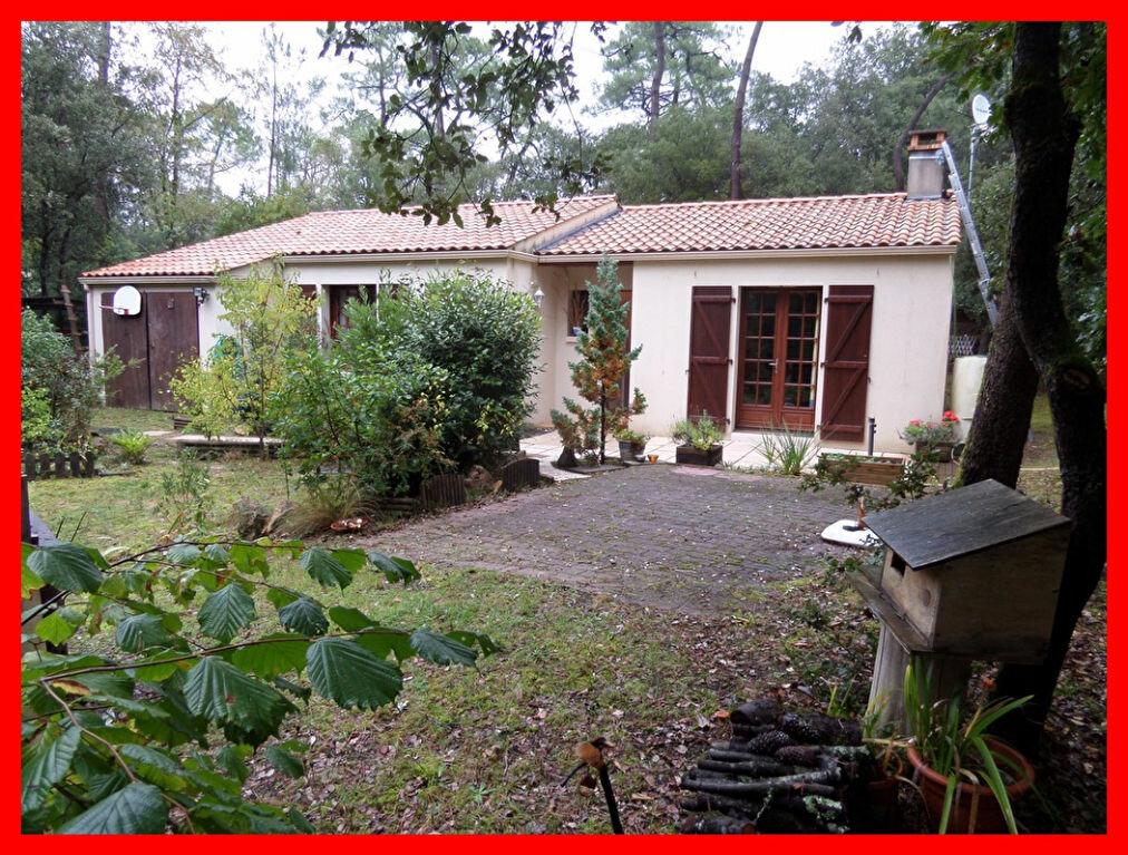 Achat Maison 4 pièces à Longeville-sur-Mer - vignette-1