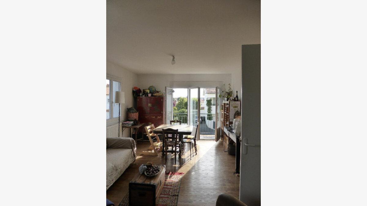 Location Maison 4 pièces à Lagord - vignette-1