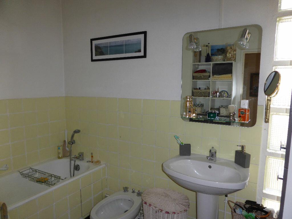 Achat Appartement 5 pièces à La Rochelle - vignette-9