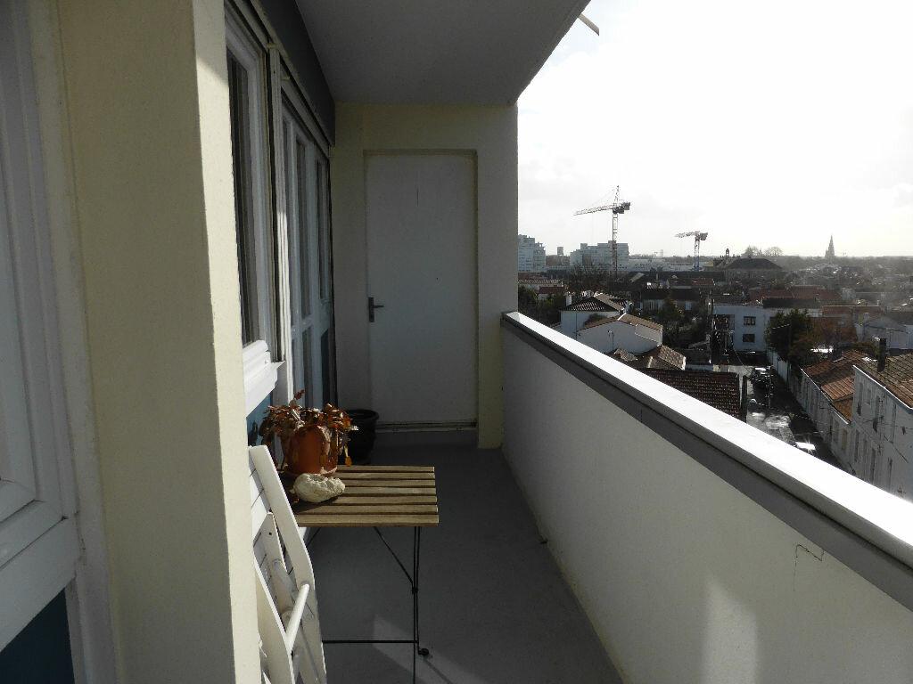 Achat Appartement 5 pièces à La Rochelle - vignette-10