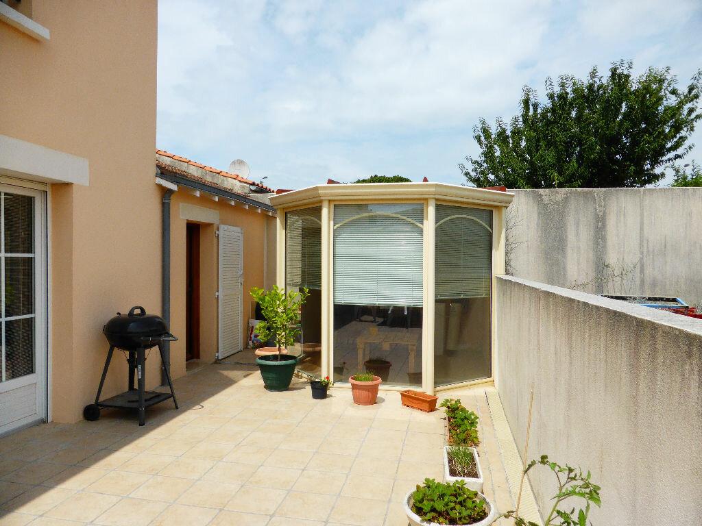 Achat Maison 6 pièces à La Rochelle - vignette-4