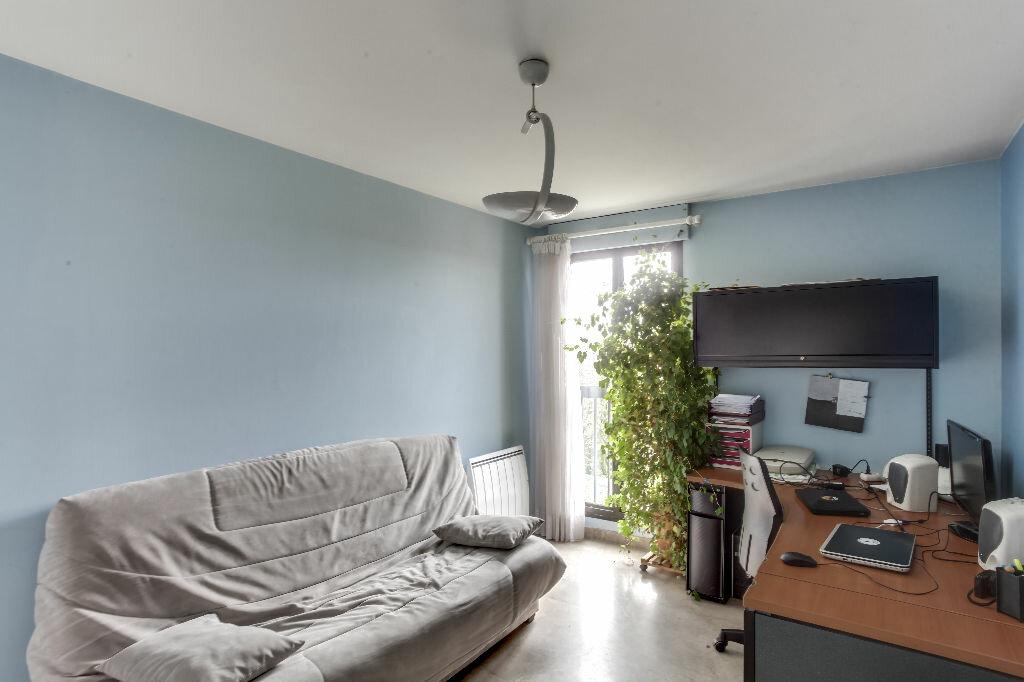 Achat Appartement 6 pièces à Lyon 3 - vignette-6