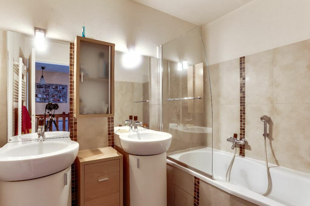 Achat Appartement 6 pièces à Lyon 3 - vignette-8