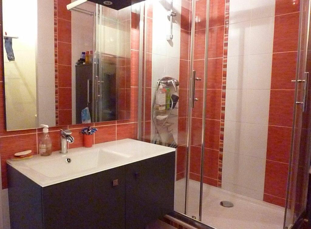 Achat Appartement 6 pièces à Lyon 3 - vignette-10