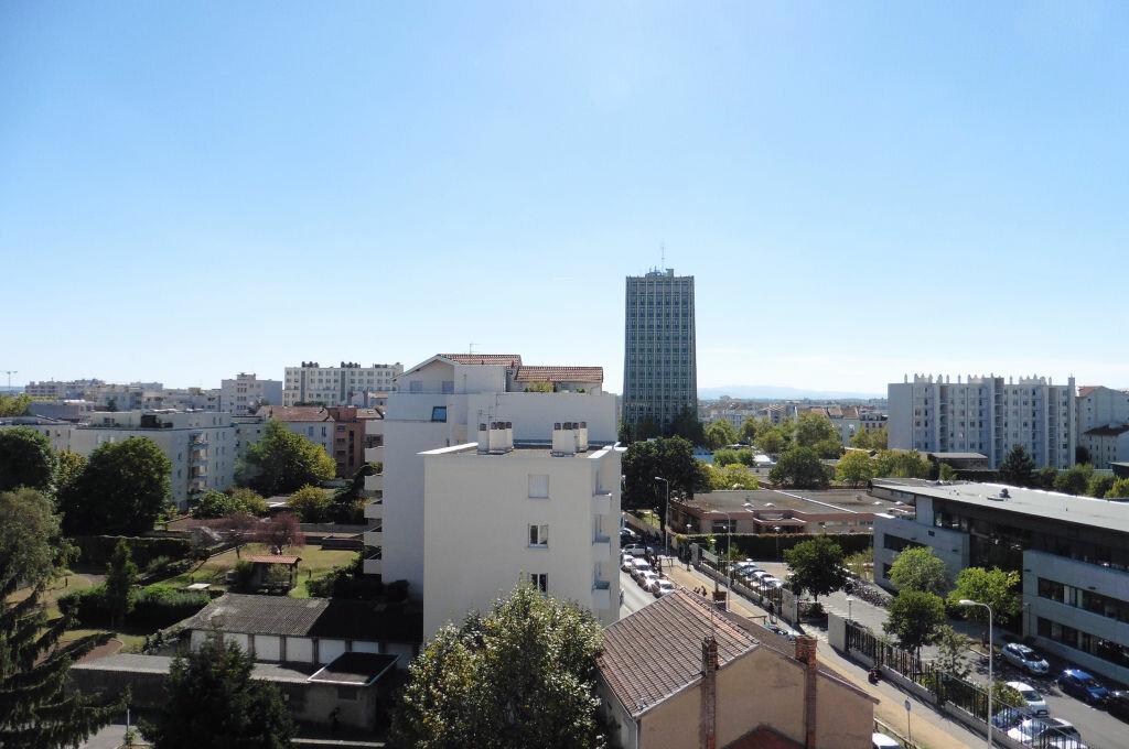 Achat Appartement 3 pièces à Lyon 3 - vignette-2