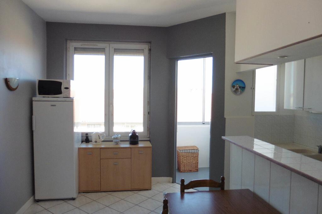 Achat Appartement 3 pièces à Lyon 3 - vignette-4