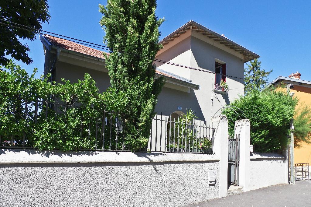 Achat Maison 8 pièces à Lyon 3 - vignette-16