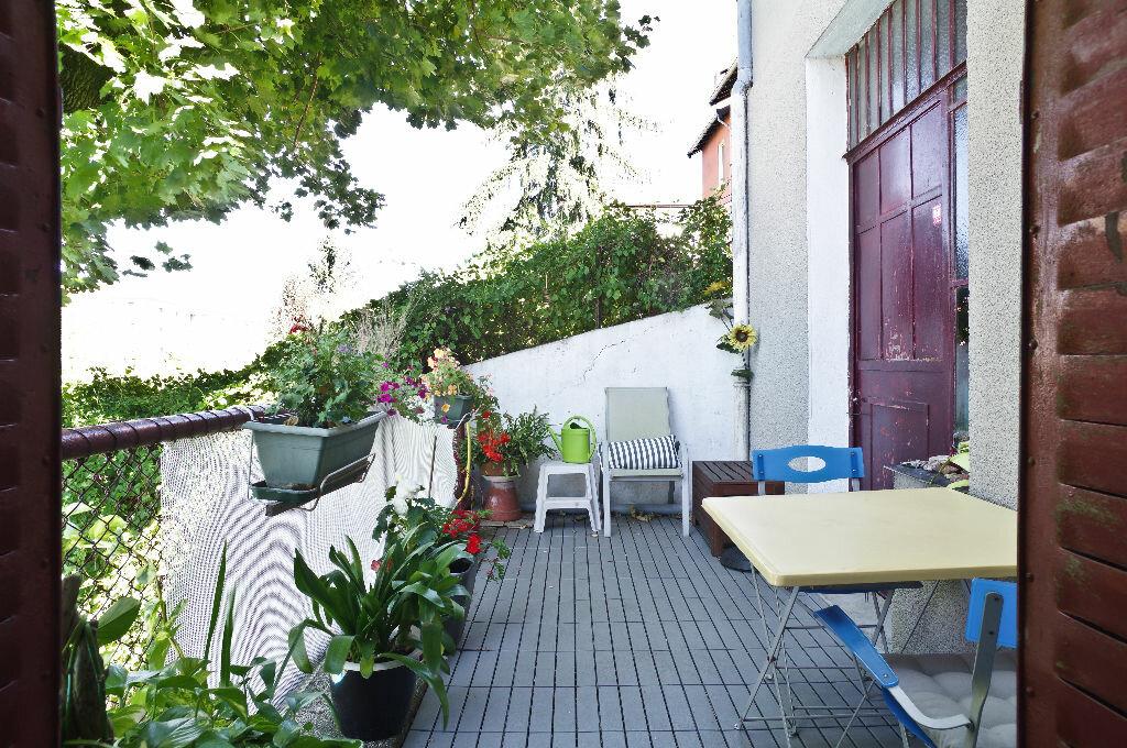 Achat Maison 8 pièces à Lyon 3 - vignette-17