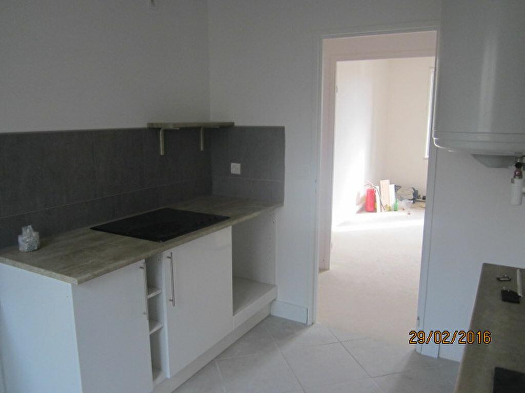 Achat Appartement 3 pièces à Saint-Vincent-de-Tyrosse - vignette-4