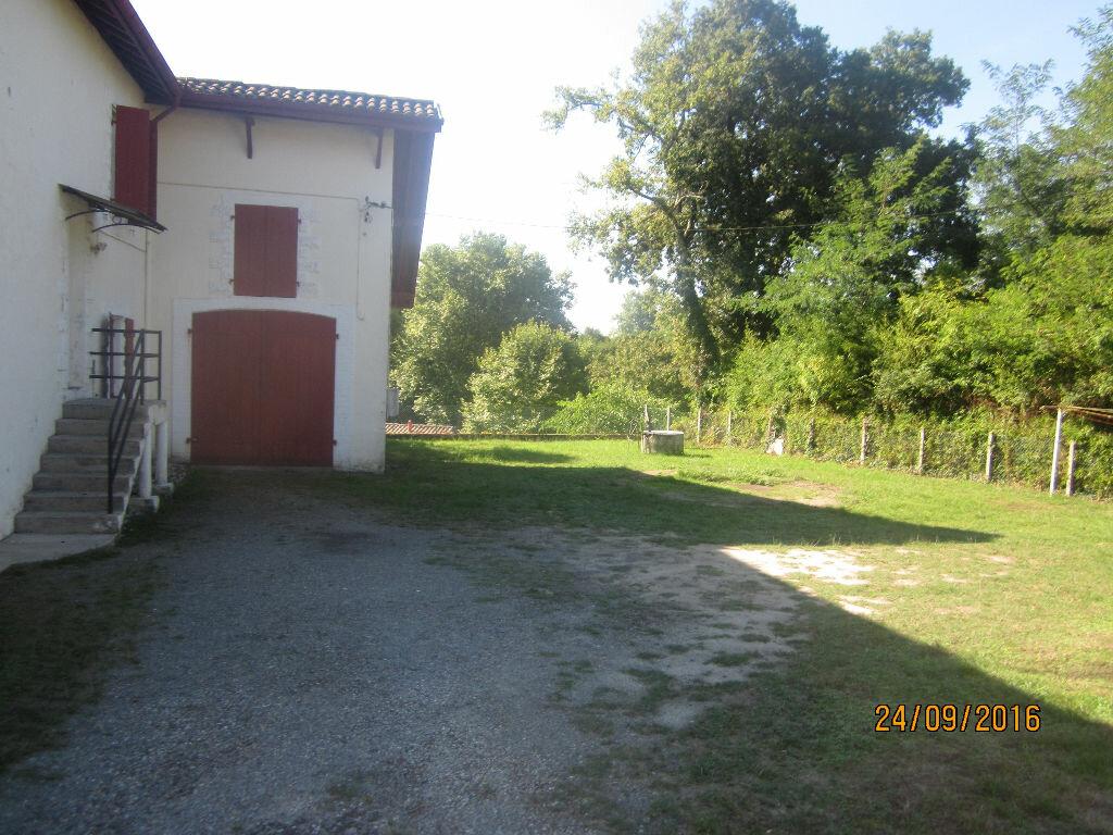 Location Maison 3 pièces à Saint-Vincent-de-Tyrosse - vignette-1