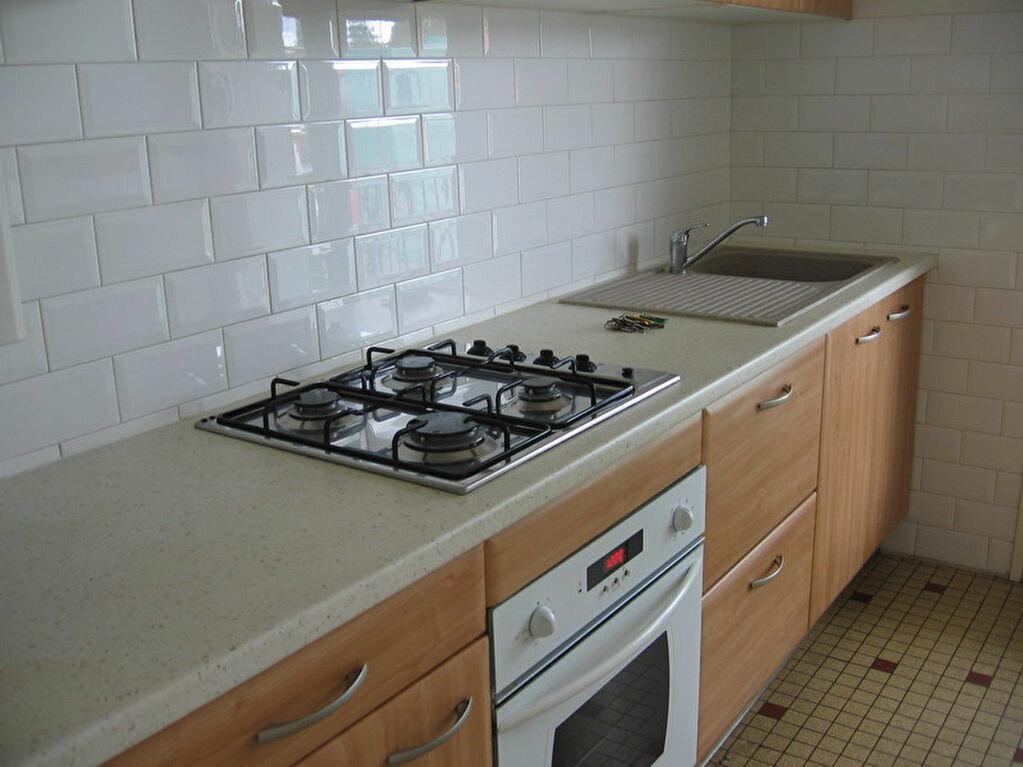 Location Appartement 3 pièces à Lescar - vignette-1