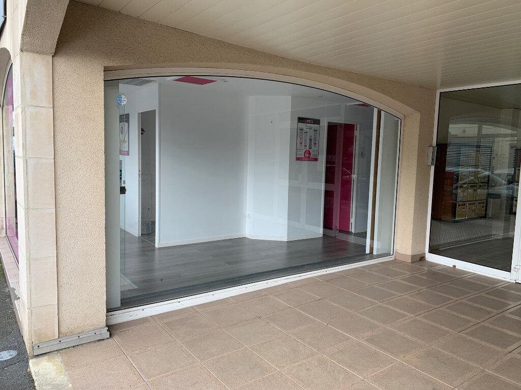 Location Local commercial  à Cabourg - vignette-2