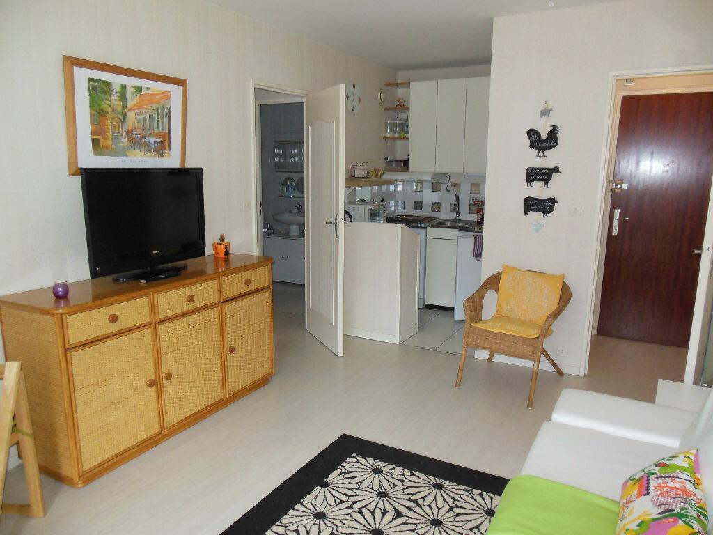 Achat Appartement 2 pièces à Cabourg - vignette-2