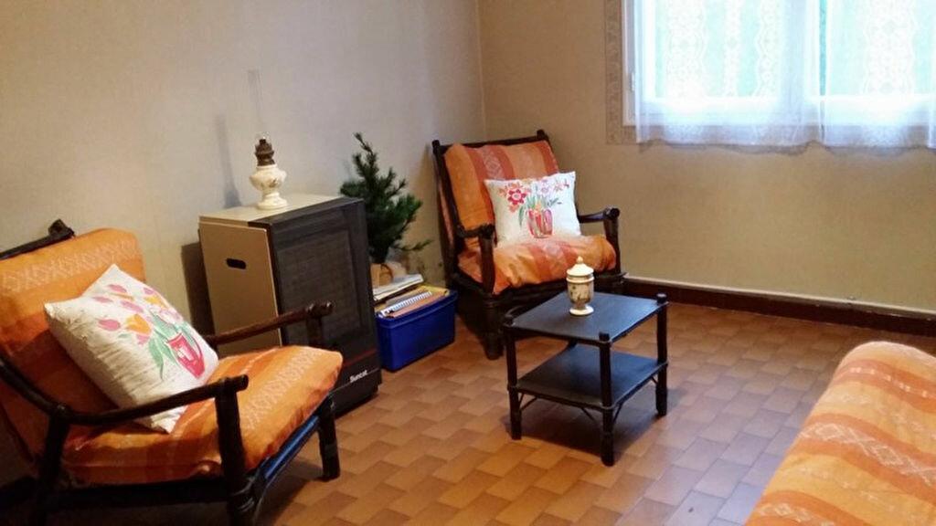 Achat Maison 4 pièces à Saint-Julien - vignette-4