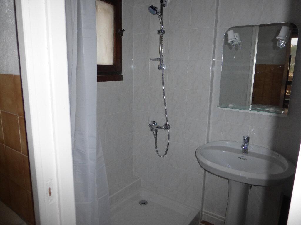Location Appartement 1 pièce à Gréoux-les-Bains - vignette-4