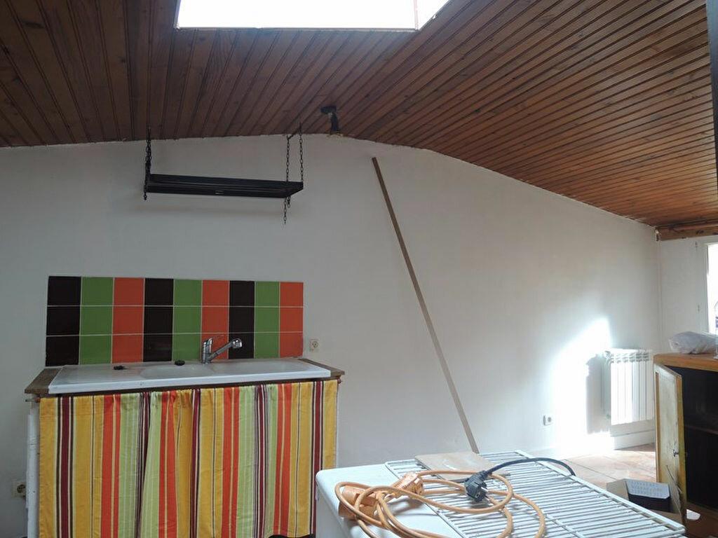 Achat Maison 2 pièces à Saint-Julien - vignette-2